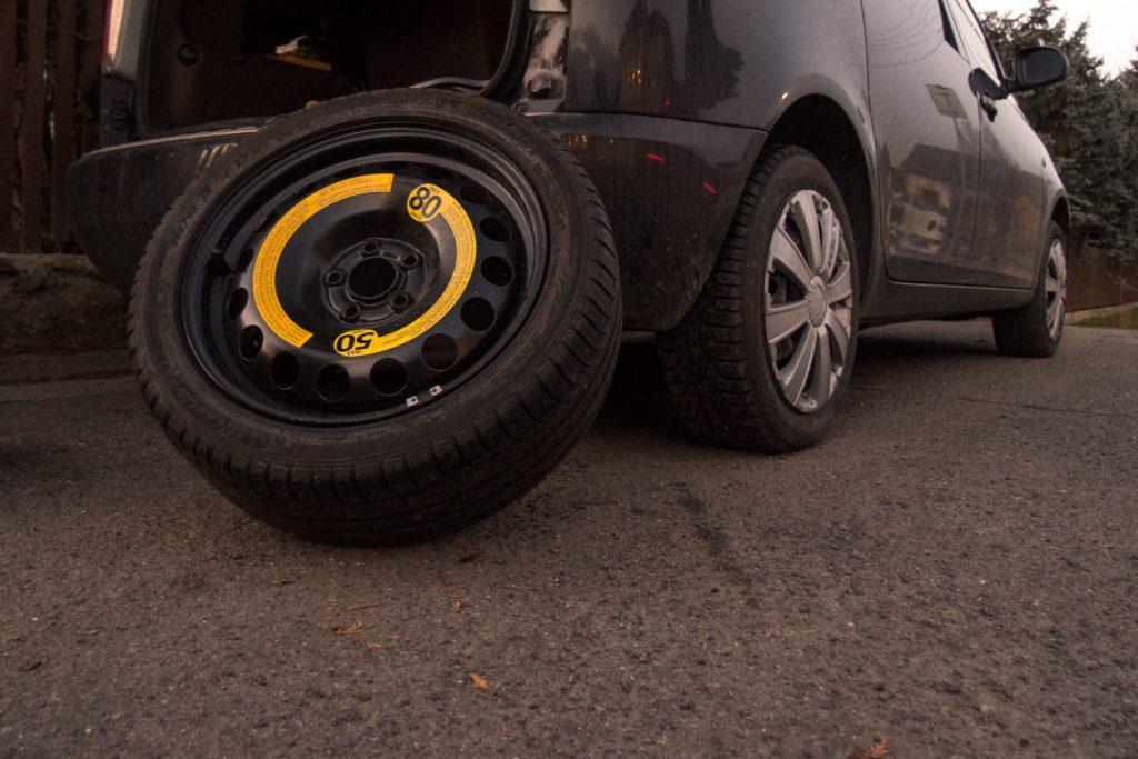 fix punctured tire