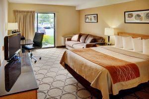 comfort inn queen room