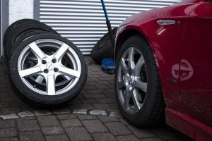 tires replace mechanic